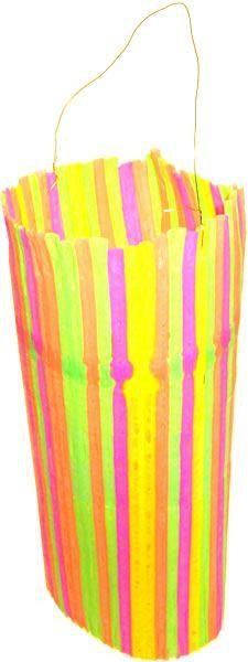 Latern from straw.Leg alle rietjes naast elkaar en maak ze aan elkaar vast met…