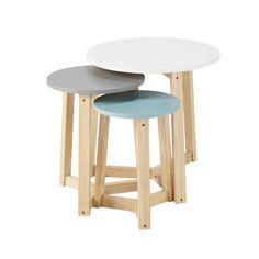 3 mesas bajas apilables vintage de madera de tres colores An. 30 cm a An. 50 cm Trio