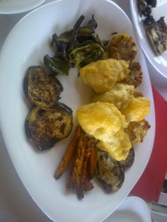 Grilled #Albanian Vegetables, fresh from the garden. In here veggies and fruits smell so good.