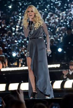 Carrie Underwood at the CMA Awards. Beautiful!