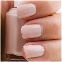 Essie Topless & Barefoot nail polish  //I've been looking for a good nude polish.