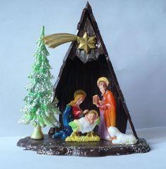 VINTAGE CHRISTMAS HARD PLASTIC NATIVITY