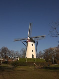 The Places Youll Go, Places To See, Sun Panels, Holland Windmills, Europe Destinations, Le Moulin, Covered Bridges, Throughout The World, Time Travel