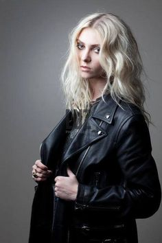 Taylor Momsen Taylor Momsen, Taylor Michel Momsen, Gossip Girl, Goth Beauty, Hair Beauty, Rocker Chic Style, Jenny Humphrey, Lita Ford, Attractive People