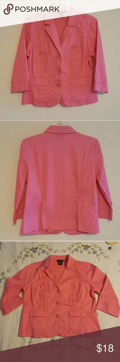 R.Q.T. light  jacket Barely used/great condition R.Q.T Jackets & Coats Utility Jackets