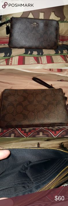 Authentic Coach wallet Great condition Coach Bags Wallets