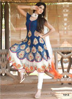 Salwar Suits Online - Buy Designer Salwar Kameez for Women with Upto Off - IndiaRush Designer Salwar Kameez, Designer Anarkali, Shalwar Kameez, India Fashion, Ethnic Fashion, Asian Fashion, Modern Fashion, Style Fashion, Indian Attire