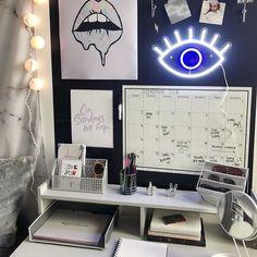 Best College Bedroom Decoration – My Life Spot Bedroom Design For Teen Girls, Teenage Girl Bedroom Designs, Teen Girl Rooms, Teenage Girl Bedrooms, Girls Bedroom, Bedroom Ideas, Neon Bedroom, Bedroom Stuff, Bedroom Colors