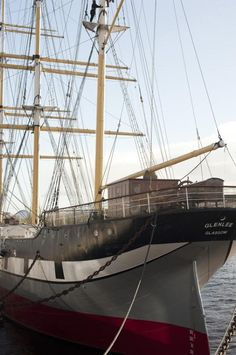 """Nautical heritage: a view of an elegant commercial three masted barque, the """"Glenlee"""", built in 1896 in Glasgow riverside maritime museum - Scotland Maritime Museum, Sail Boats, Herzog, Set Sail, Tall Ships, Vertigo, Glasgow, Free Stock Photos, Sailing Ships"""