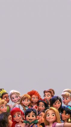 """Vanellope with all the Disney princesses in """"Wreck-It-Ralph 2""""💕💕💕"""
