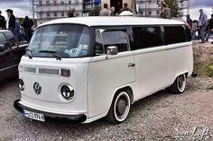 Bulli Volkswagen Transporter, Vw T2 Camper, Vw Kombi Van, Vw Bus T2, Volkswagen Minibus, Volkswagen New Beetle, Volkswagen Group, Vw T1, Combi Vw T2