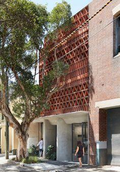 Gallery of The Beehive / Luigi Rosselli + Raffaello Rosselli - 1