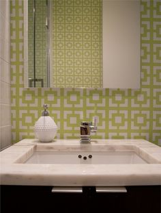 Geometric wallpaper | Sabbe Interior Design