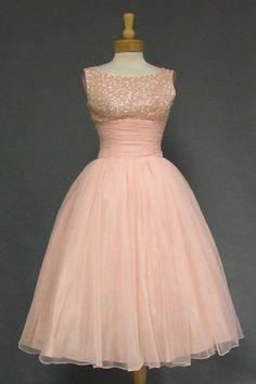Prêt-à-Random: Vintage Dresses