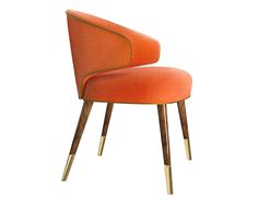 Our Tippi dining chair is not a discrete piece. Fresh, lively, breath-taking, it is the muse of the director. With a classic design but an audacious and bright cotton velvet and finishing touches in brass to further pump its exuberance, it will give any space a fresh and lively feel.
