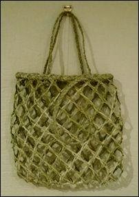NZ flax weaving blog » Blog Archive » Making an open-weave basket Abstract Sculpture, Bronze Sculpture, Wood Sculpture, Flax Weaving, Basket Weaving, New Zealand Flax, Maori Designs, Maori Art, Ice Sculptures