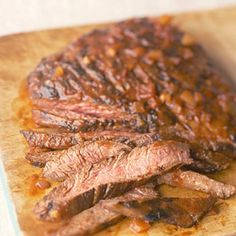 Flank Steak with Chili Sauce We tend to grill it & cut it on the bias to mitigate the chew factor. Add about a cup of wine & popped it into a 275 degree oven for about 50 minutes It came out 'a perfect medium' & so tender. Diabetic Recipes, Pork Recipes, Mexican Food Recipes, Cooking Recipes, Healthy Recipes, Mexican Dishes, Sauce Recipes, Recipies, Great Recipes