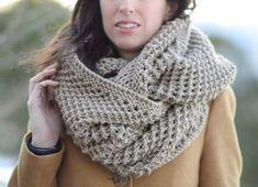 Big Knit Scarf, Knit Infinity Scarf Pattern, Bulky Knitting Pattern, Easy Knit S… - knitted scarf Knitted Throw Patterns, Infinity Scarf Knitting Pattern, Knit Cowl, Sweater Knitting Patterns, Knitted Blankets, Knit Crochet, Knitted Cowls, Scarf Patterns, Crochet Patterns