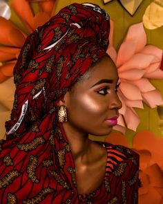 Makeup Tools – Here's What You Need To Get That Perfect Look – Makeup Advice Floral Headdress, Paint By Number Kits, To Color, African Beauty, African Women, African Art, African Dress, African Attire, Head Wraps