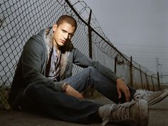 wentworth miller - did he ever escape from captivity?