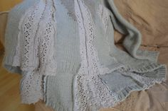 Pure Italian Wool Upcycled Sweater Jumper Cream with by Threddit