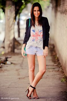 Each day I like more her style...