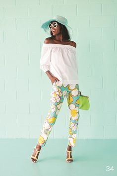 Floral pants // Trina Turk Spring 2016 Ready-to-Wear Fashion Show Love Fashion, Spring Fashion, Fashion Show, Trina Turk, Shibori, Kimono, 2016 Fashion Trends, Fashion Ideas, Motif Floral
