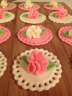 Ruffled Rose cupcake toppers