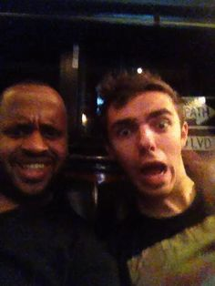Aww Nathan made a gif with Justins bodyguard Kenny! (gif)
