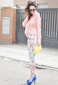 2beec5f60e748d flower print pants Zara Heels, Printed Pants, Pretty Pastel, Flower Prints,  I