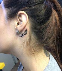 Mesmerizing Behind The Ear Tiny Tattoo Ideas for Girls to Bl.- Mesmerizing Behind The Ear Tiny Tattoo Ideas for Girls to Blow Peoples Minds Mesmerizing Behind The Ear Tiny Tattoo Ideas for Girls to Blow Peoples Minds - Girly Tattoos, Mini Tattoos, Body Art Tattoos, Small Tattoos, Tatoos, Tattoo Girls, Little Tattoo For Girls, Little Tattoos, Piercing Tattoo