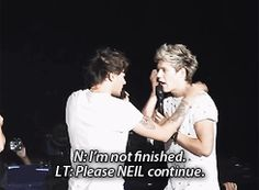 Louis being sassy and calling Niall, Neil. {GIF} -H