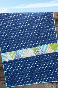 Today I've got details and outtake photos of Stereo quilt for you! Quilt Details   Fabric is Color Theory by Vanessa Christenson...
