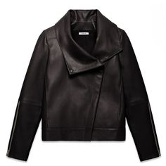 Helmut Lang Petal Leather High Collar Jacket (9.025 ARS) ❤ liked on Polyvore featuring outerwear, jackets, coats, coats & jackets, black, genuine leather jacket, black jacket, 100 leather jacket, asymmetrical zip leather jacket and leather jacket
