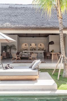 Villa Massilia is an undiscovered Casa Cook. A refined estate in the centre of Seminyak inspired by this hotel chain and reinterpreted for the Bali environment. Casa Cook Hotel, Bali Style Home, Small Villa, Bali Fashion, Resort Villa, Tropical Houses, Tropical Garden, Coastal Homes, Future House