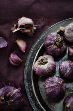 Garlic #purple #purplefood purple food violet photography colour color