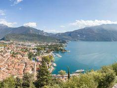 Der Gardasee ist einfach traumhaft. Von den Dörfern und Städten an den Hängen hat bieten sich wunderschöne Ausblicke. Sehen Sie selbst.