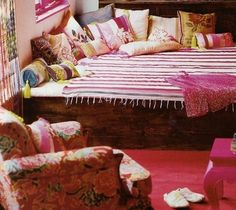 boho bedroom- notice the bed maybe take most of the blue off mine then stain the wood.