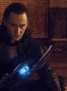 Loki and his Scepter Marvel Comic Universe, Loki Thor, Loki Laufeyson, Tom Hiddleston Loki, Marvel Avengers, Marvel Comics, Comics Universe, Ben Barnes, Bucky Barnes