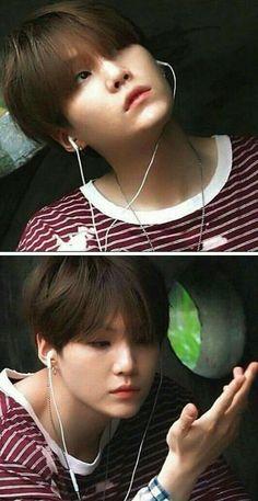 Me listening to music while daydreaming about alternate realities that involve bts💖. Taehyung, Min Yoongi Bts, Min Suga, Namjoon, Daegu, Foto Bts, Bts Photo, Bts Memes, Bts 2018