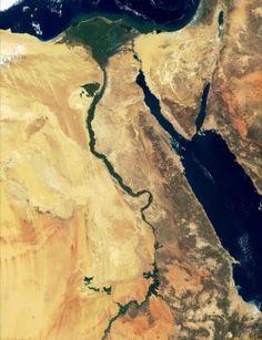 Egypt Satellite Image: 2800x3655 px - 763.7451171875k - jpg