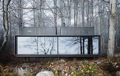 Designyritys Vipp loi 55-neliöisen modernin piilopirtin, jossa ei ole mitään liikaa.