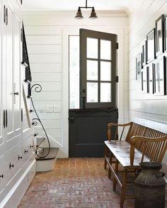 Dutch door design. A look at the best looking dutch doors for the home.