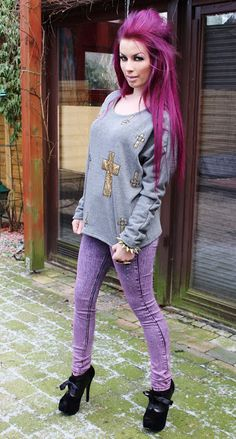 ! * YULIE KENDRA´S LIFE * !: Sunday photos! Romwe cross sweater purplehair pinkhair pink purple gold oversized skinny jeans