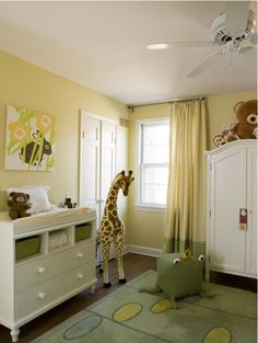 Great color scheme and theme for a child's bedroom