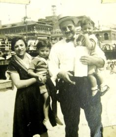 1920s Family on an outing to Atlantic City