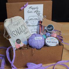 Kids Wedding Box // Kids Wedding Favors // Kids Activity Box // Kids Table Box // Wedding Coloring Book // Surprise Ball Wedding Favors by ConfettiGiftCompany on Etsy https://www.etsy.com/listing/241442703/kids-wedding-box-kids-wedding-favors