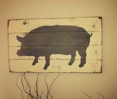 Pig silhouette sign Animal Silhouette, Silhouette Sign, Wood Pig, Bird Template, Barn Signs, Barn Wood Crafts, Palette Art, Dachshund Art, Pig Art