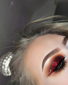 Mar 2020 - Browse the top-ranked list of Colorful Makeup. See more ideas about Makeup, Colorful makeup and Makeup inspiration. Glitter Makeup, Glam Makeup, Love Makeup, Skin Makeup, Makeup Inspo, Makeup Art, Makeup Inspiration, Red Glitter, Style Inspiration