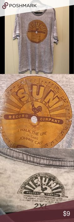 Women's 2XL Sun Records Tee This cute distressed t-shirt has only been worn once! In excellent condition 😊 Sun Record Co Tops Tees - Short Sleeve